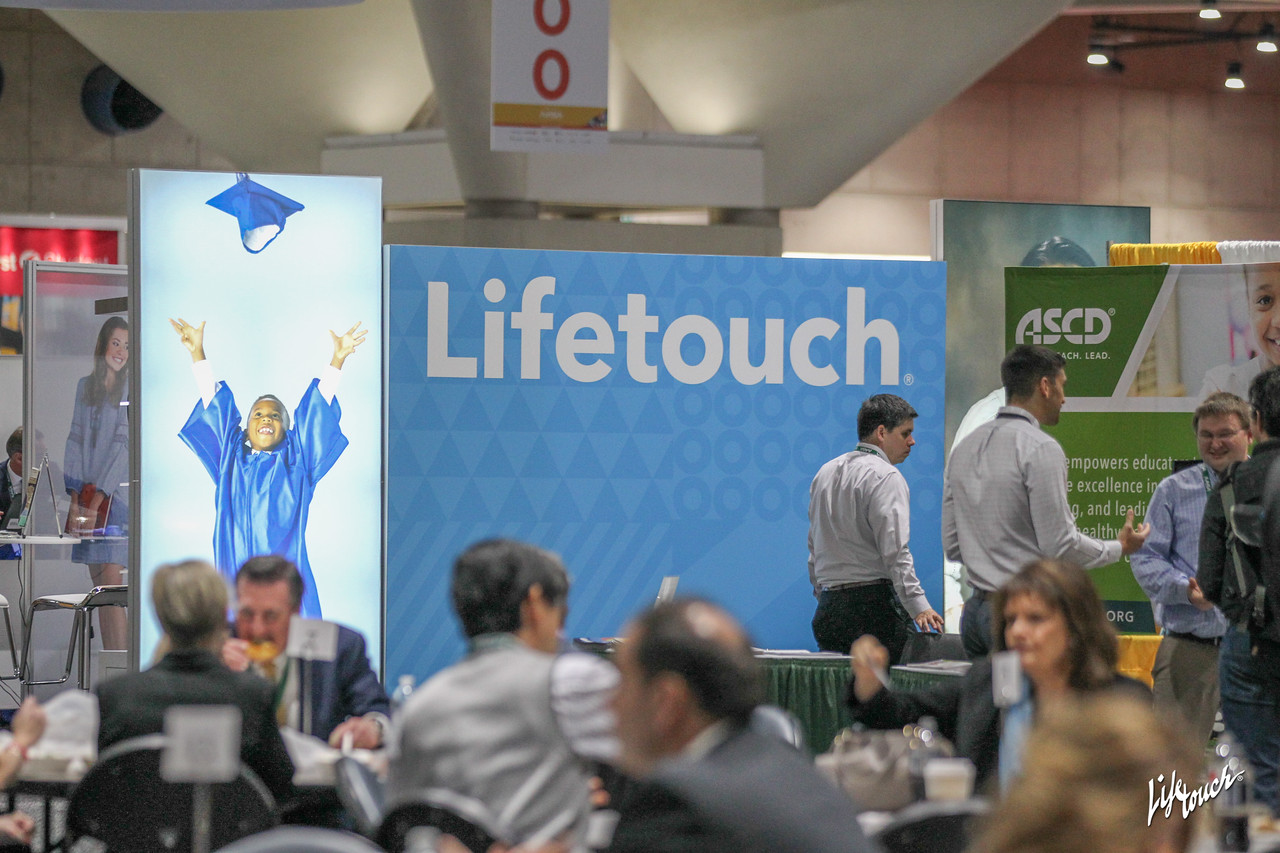 Lifetouch conf2020